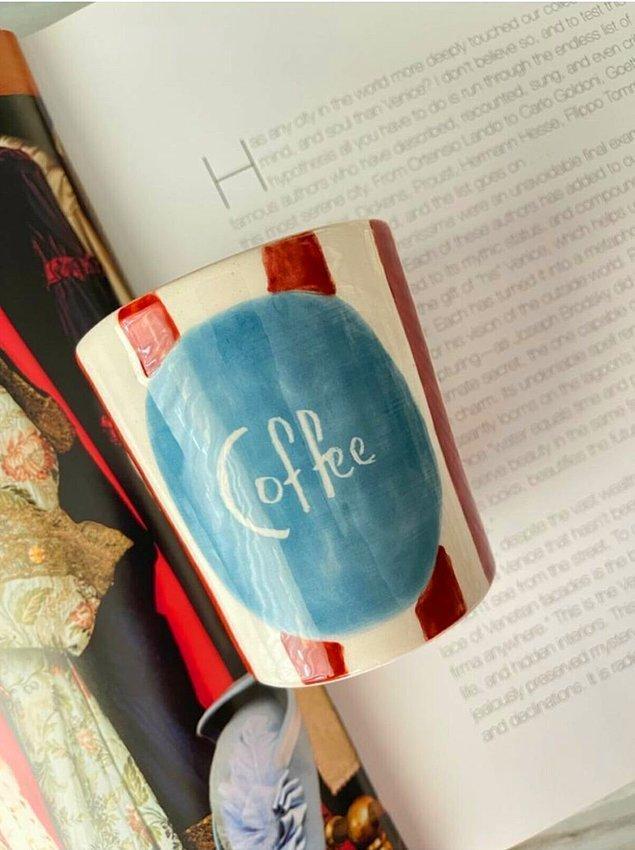 9. Vintage tasarımlar her şeye yakıştığı gibi kahve kupalarına da çok yakışıyor.