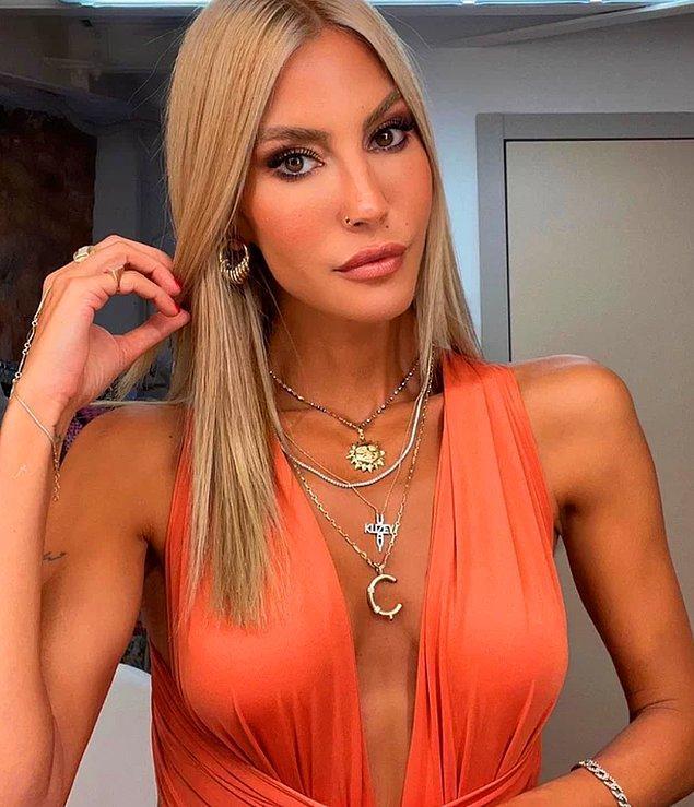 5. 42 yaşındaki Türkiye güzeli Çağla Şikel, güzellik sırlarını açıkladı!
