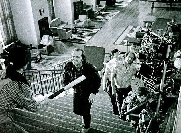 13. Kubrick'in 'The Shining' filminde iyi olması için 127 tekrar aldığı sahneden bir kare: