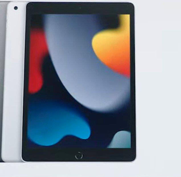 Lansmanda tanıtılan diğer yeni cihazlara gelelim bir de... iPad'in yeni modeli işte böyle görünüyor.👇