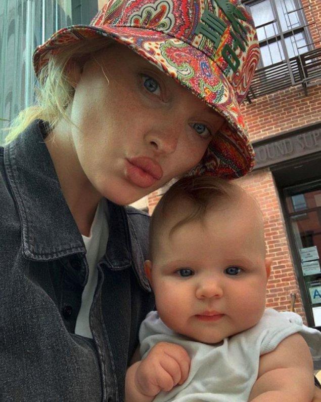 Elsa Hosk Şubat ayında kızı Tuuli'yi dünyaya getirmişti...