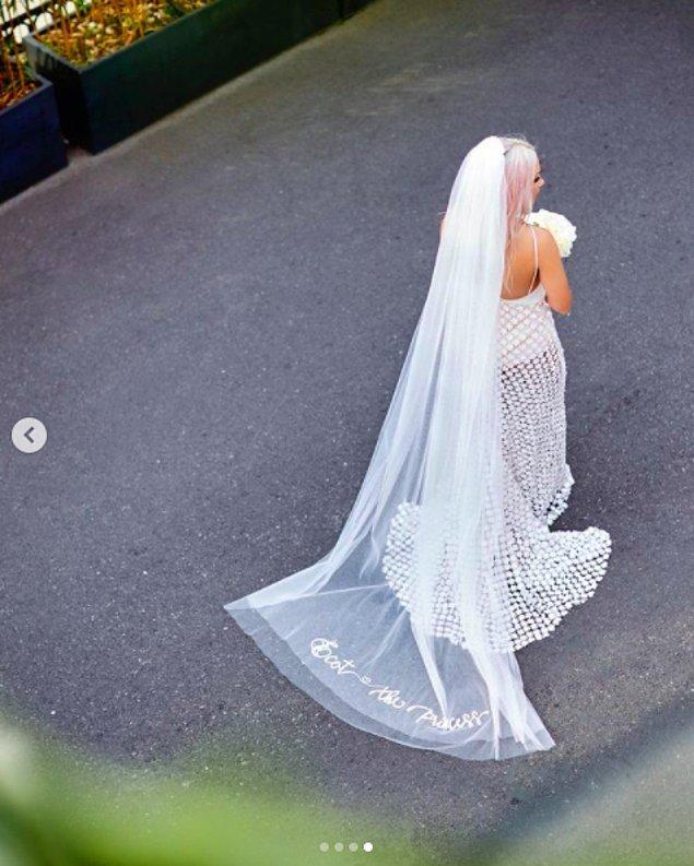Düğün öncesi de gelinliklerini böyle paylaştı Ece Seçkin!