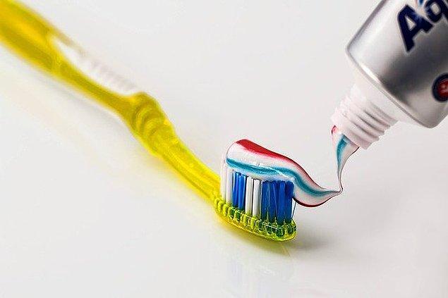 Diş macunu seçimine de dikkat edin.