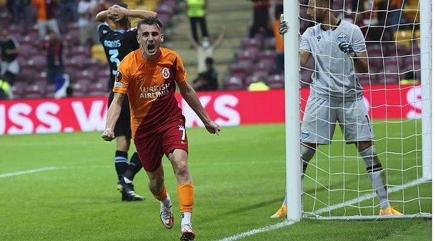Maçın skoru bir yana oynanan futbol da Galatasaray taraftarını oldukça sevindirdi.