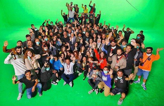2. Cem Yılmaz, Erşan Kuneri dizisinin çekimlerinin tamamlandığını duyurdu.