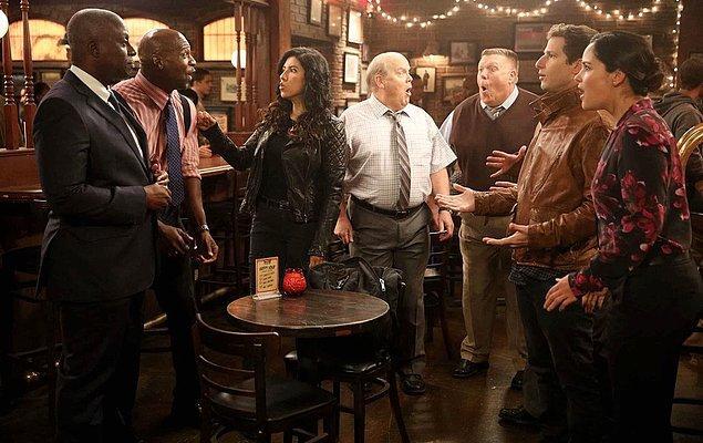 7. Brooklyn Nine-Nine, final bölümüyle ekranlara veda etti.