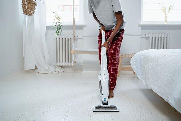 6. Süpürge ve genel toz temizliğini sıklaştırın.