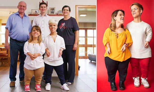 Almanya'dan Elisabeth ev Katharina Lindinger, 1.28 santimetrelik boylarıyla dünyanın yaşayan en kısa ikizleri.