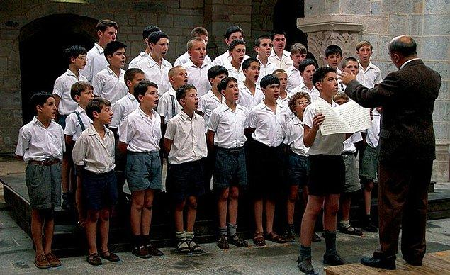 111. The Chorus (2004)