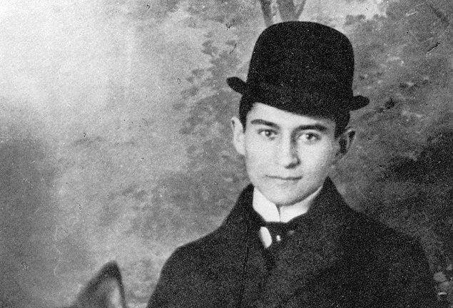 13. Franz Kafka'nın eserlerinin çoğu hayatını kaybettikten sonra basılmıştır ve başarılı şair, öldükten sonra ünlü olmuştur.