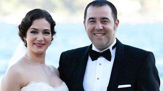 Büyük aşk kısa süre içinde resmiyete döküldü! 2012 Yılında Özge Borak ile evlenme kararı aldılar.
