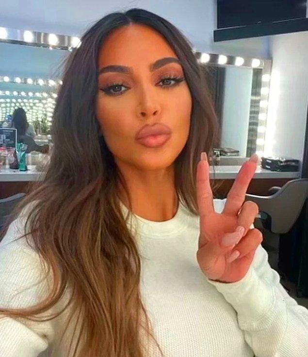 7. Kim Kardashian'ın başka bir seks kasedinin daha olduğu iddia edildi.