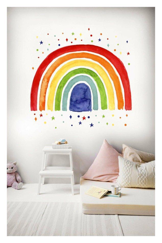 5. Dilerseniz çocuğunuzun odasına dilerseniz evinizin herhangi bir yerine uygulayabileceğiniz çok şeker bir sticker bulduk😍