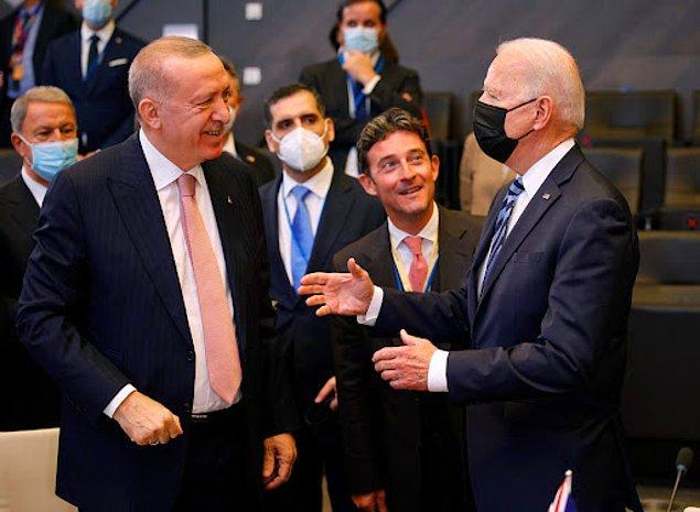 40 yıllık siyasi geçmişi olduğunu ve bu süre içinde demokrasiyi hazmederek yaşadığını söyleyen Erdoğan, şu cevabı verdi 👇