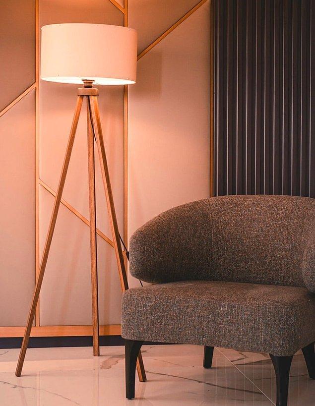7. Evinizin en güzel köşesinde bir lambader de olsun.