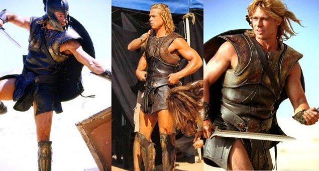 3. Yunanlar için pantolonlar değil, etekler erkekçeydi.