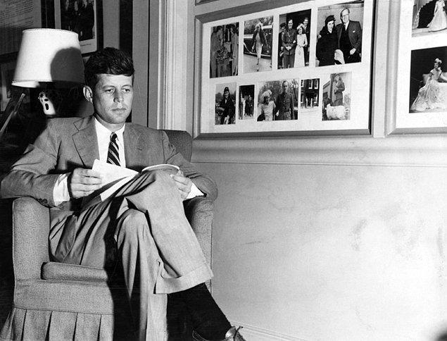 10 - John F. Kennedy ve James Bond