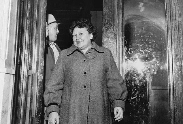 Bazı kaynaklara göre 3 gün bazılarına göreyse 3 yıl sonra Nannie yeniden evlendi. Tıpkı Frank gibi alkolik ve zorba olan yeni kocasını da romantik dergilerden buldu.