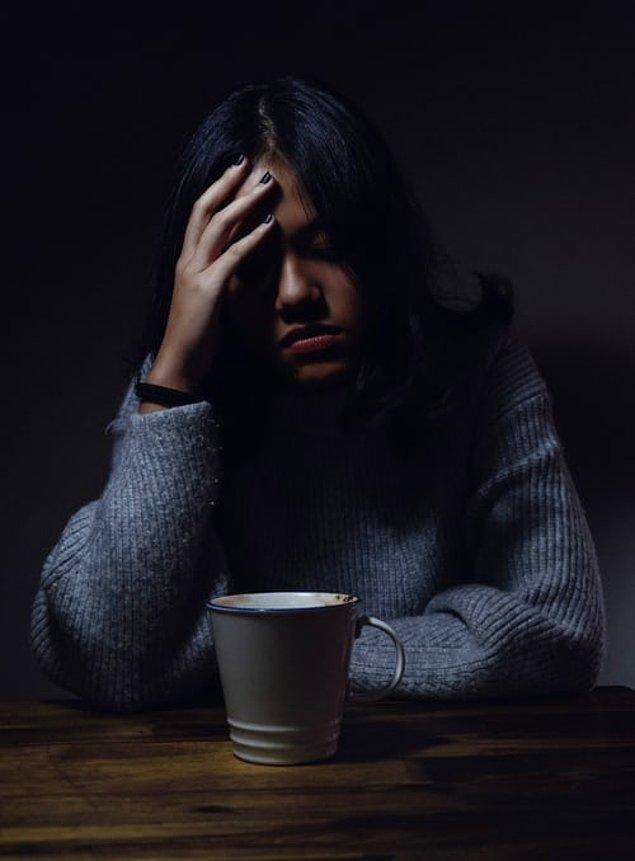 """3. """"Bebek doğmadan önce depresyon ve kaygı bozukluğu gibi psikolojik rahatsızlıklar oluşabiliyor ancak bunu medyada hiçbir zaman göremiyoruz."""""""