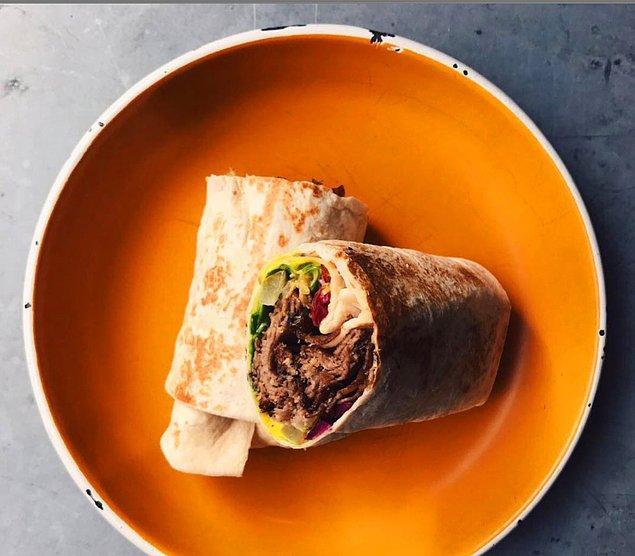 4. Dürümün yorumlanmış hali Basta!Street Food Bar…