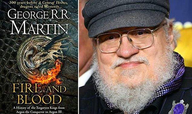 Hikaye, yazar George R. R. Martin'in 2018'de yayınladığı ve serinin beşinci kitabı olan 'Ateş ve Kan'dan uyarlanıyor. Yönetmen koltuğunda Emmy ödüllü Game of Thrones yönetmeni Miguel Sapochnik oturuyor.