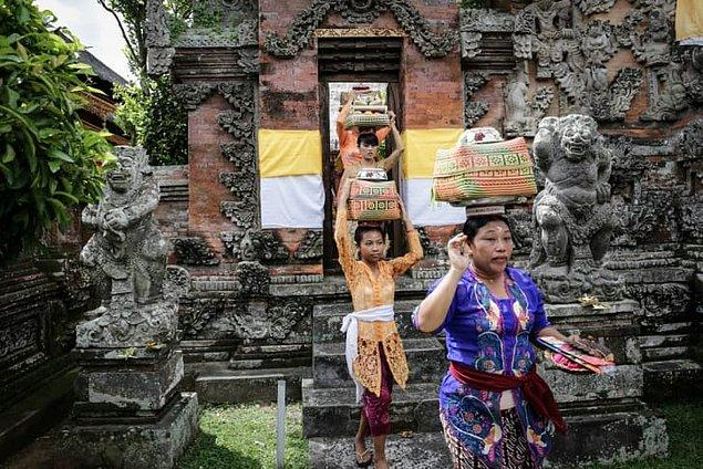 16. Hari Raya Galungan - Endonezya