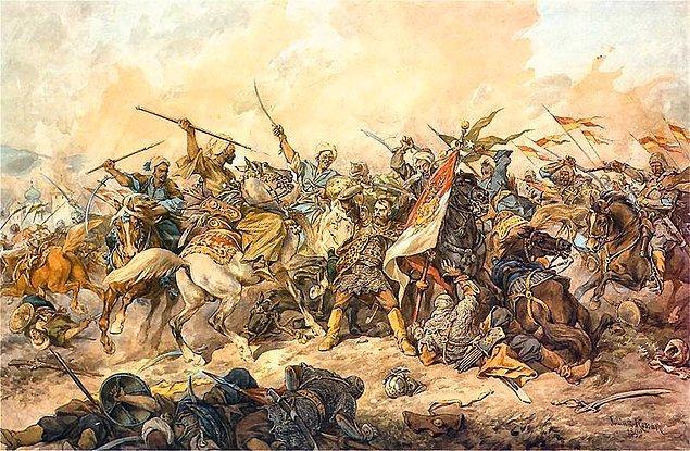 Günler böyle geçerken memleketine en büyük felaketin Rusya'dan geleceğine inanan Sultan, orduda yenileşme fikriyle hareket etti. 1769'da Ruslara karşı kazanılan iki Hotin Zaferi saldırıları bertaraf etse de kalıcı olmadı.