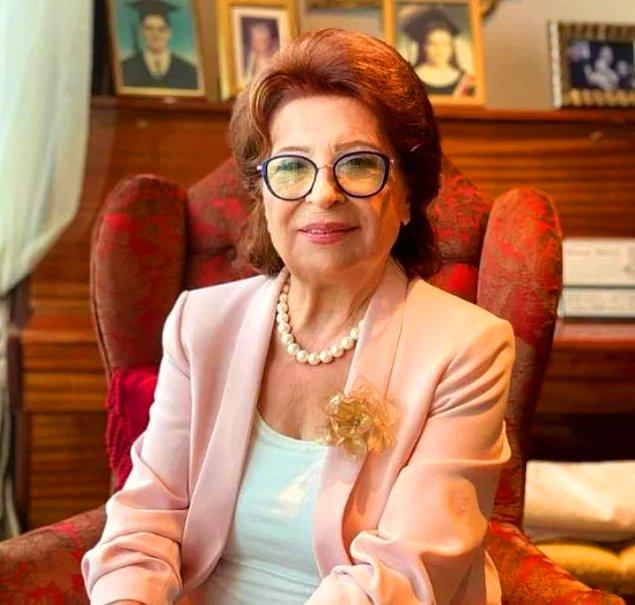 10. İstanbullu Gelin'den Camdaki Kız'a birçok dizinin senaryosunun yazarı olan ünlü psikiyatr Gülseren Budayıcıoğlu'nun ünlendikten sonra seans fiyatlarının arttığı ortaya çıktı.