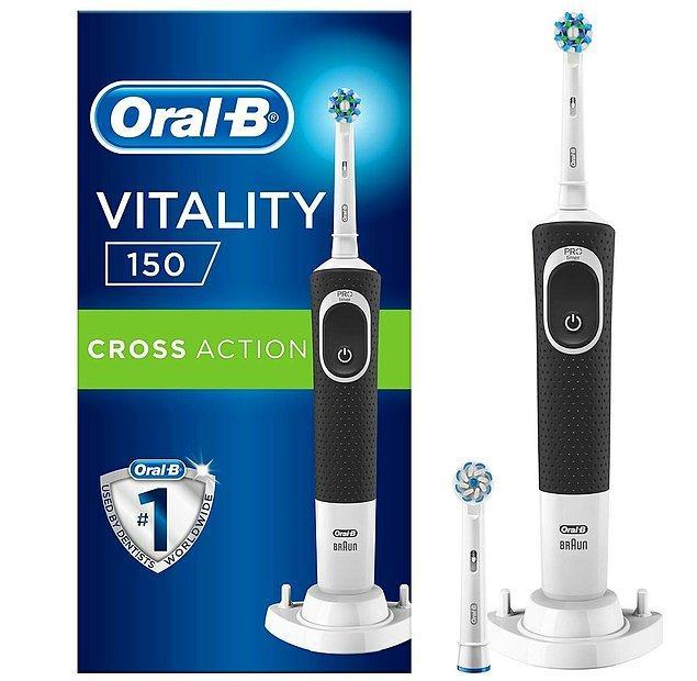 12. Eşinize yapabileceğiniz iyiliklerden bir diğeri şarjlı diş fırçası hediye etmek olabilir.