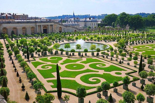 1. Le Grand Controle - Versay, Fransa
