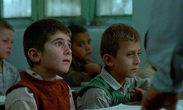 4. Arkadaşımın Evi Nerede - IMDb: 8.1
