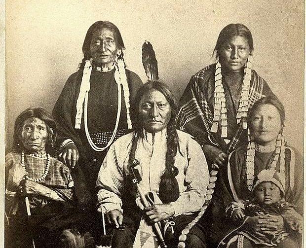 Efsanevi Kızılderili Şefi Oturan Boğa'nın Torunu Bulundu